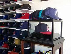 Hats come in so many kinds. The most worn types are pork pie, newsboy cap, bowler, beanie, Breton, turban, baseball hat, fedora, cartwheel hat, and visor. Unfortunately, due to their particular shape that cannot be folded, it is rather difficult to organize them, isn't it? Therefore a hat rack ideas somehow will be handy for you.#hat #rack #ideas #creative #diy #onbudget #unique