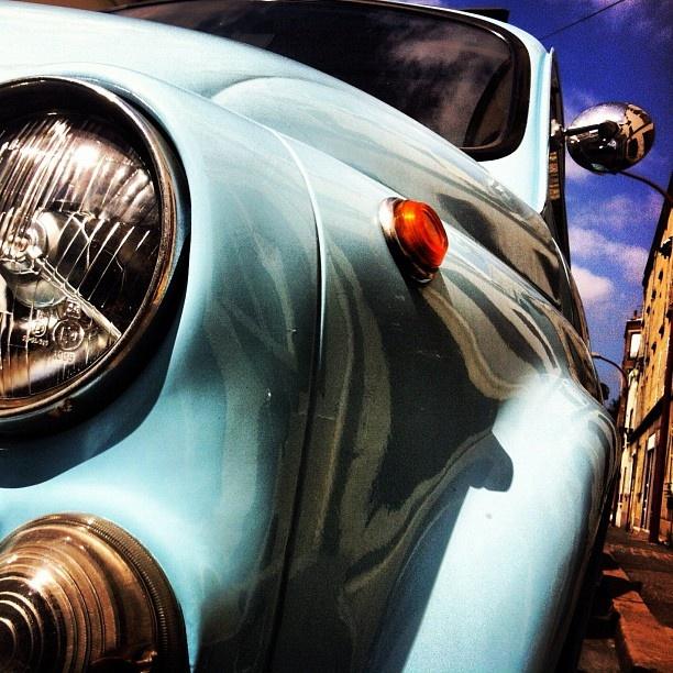 Small blue Fiat 500... by manueblonde