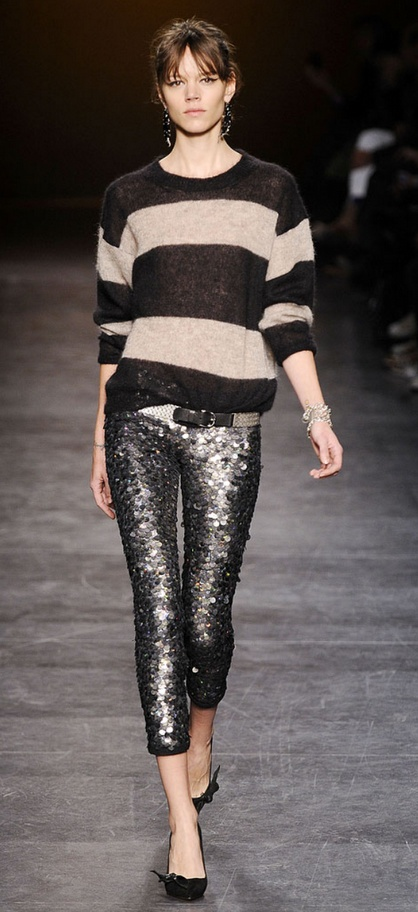 I'm SO glad I saved my sequin leggings...! Proving again: the words 'wardrobe staple' are relative.