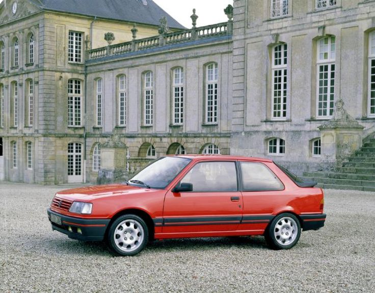 Peugeot 309.