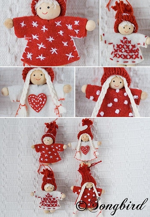 Red and white Christmas tree puppet tree ornaments