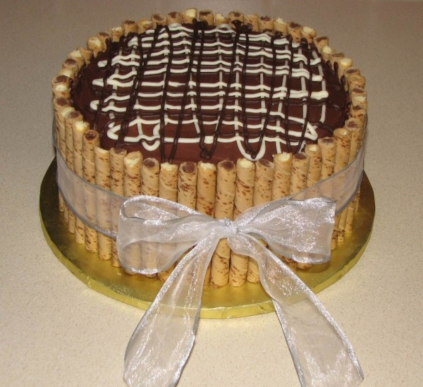 Pirouette Cookie Cake / I made this for my mother-in-law's birthday once.  It was a hit.