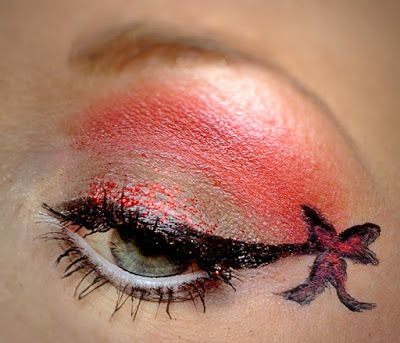 Make Up and more: Lidschatten 1x1- Rot & Grau