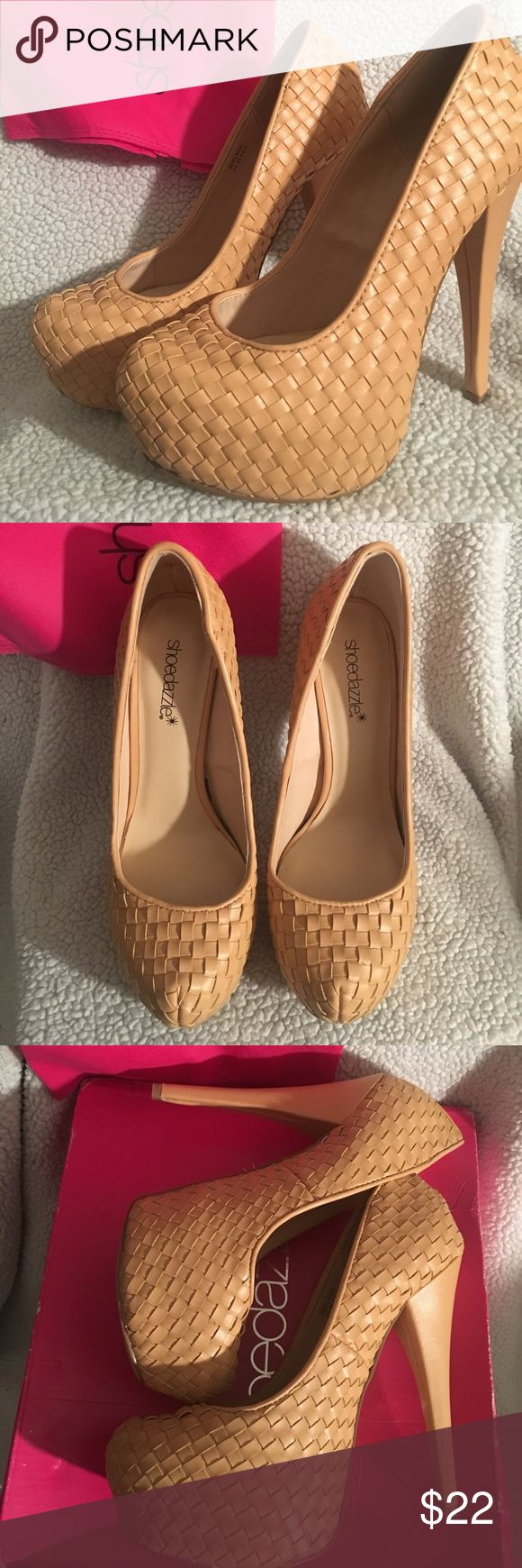 adelaide platform heels in nude. BRAND NEW!!! VERY HIGH! platform heels from shoedazzle. never worn in a nude color. 6.5 US. Shoe Dazzle Shoes Heels