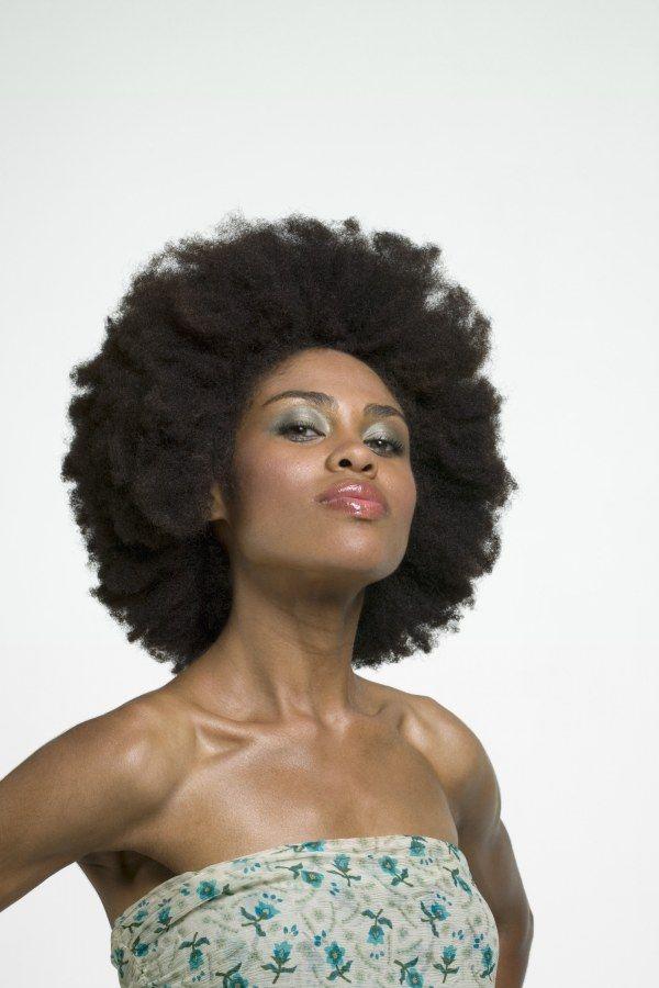 Ils supposent que leurs cheveux sont crépus et naturellement bouclés: la tendance Windelv …   – PHOTO-TECHNIQUES/WHOLESOMENESS,ONLY.