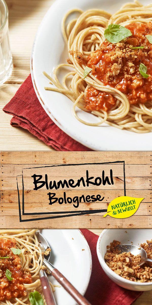 Lust auf Bolognese, aber du willst auf Fleisch verzichten? Dann haben wir genau das Richtige für dich: Bolognese Sauce mit Blumenkohl! Kombiniert mit Zwiebeln und  MAGGI Natürlich & Bewusst Gemüse Bolognese entsteht eine köstliche Sauce. Viel Spaß beim Nachkochen :)
