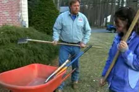 In this how-to video, learn how to wake up a tired planting bed with This Old House landscape contractor Roger Cook. |   thisoldhouse.com