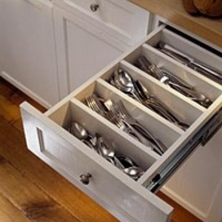 The 25 best utensil holder ideas on pinterest farmhouse for Creative silverware storage