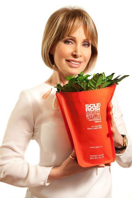 Marta Flavi per la Gardenia di AISM! | Flickr – Condivisione di foto!