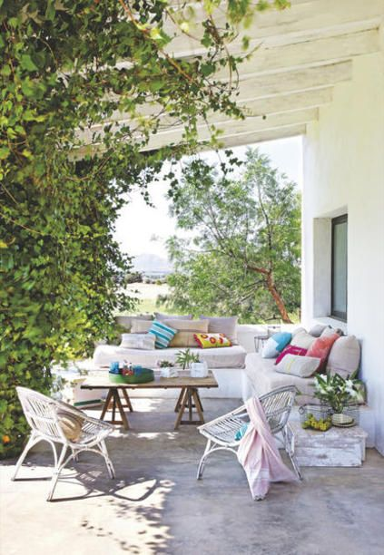 No hace falta un gran presupuesto para convertir una terraza o un jardín en un pequeño paraíso. Estas ideas te ayudarán a transformar ese espacio en el lugar preferido de tu casa.