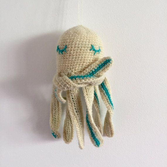 SLEEPY OCTOPUS by Creatures of Yarn