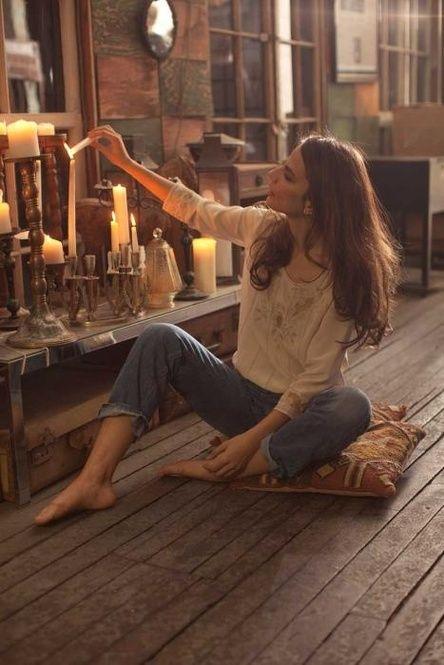 モテる女子の共通点「好奇心」が男心を引き寄せる8つの理由 - Locari(ロカリ)