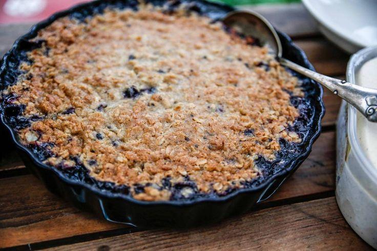 Min absolut godaste blåbärspaj! Knäckigt täcke med smak av kardemumma och massor av blåbär!