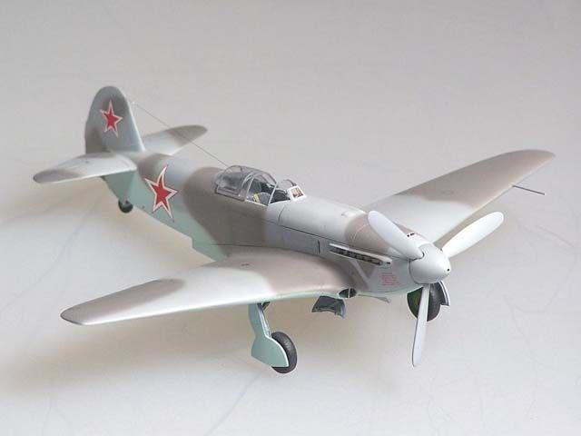 Jakowlew Jak-9UT
