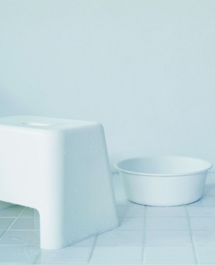 Simple lines and functional design for MUJI bathroom items.