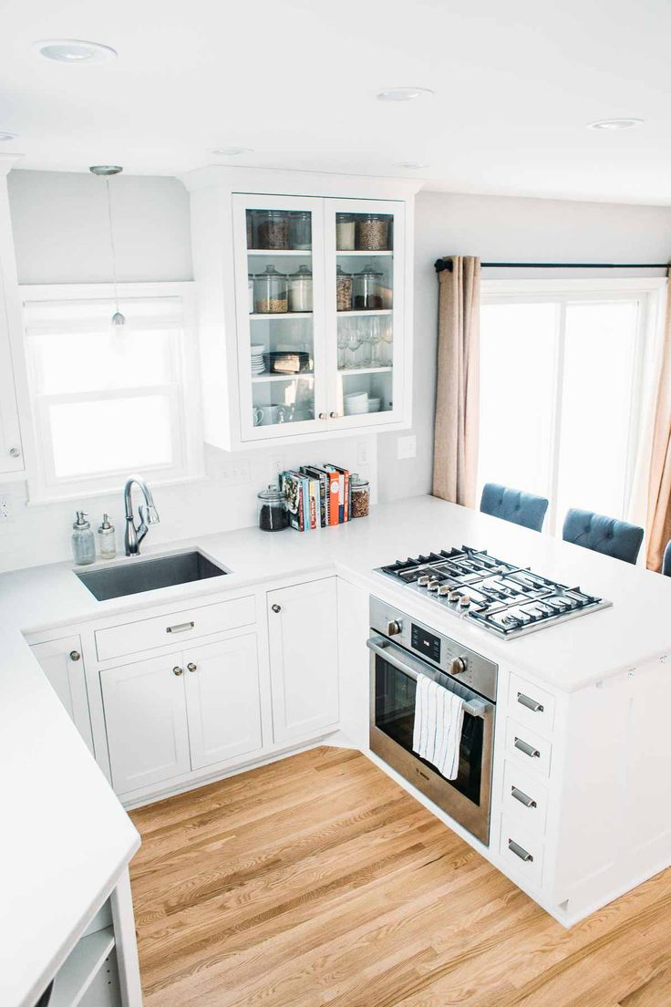 25 best small kitchen remodeling ideas on pinterest for Small kitchens with white cabinets