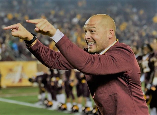 Manager Of P J Fleck Of The Minnesota Golden Gophers Thanked The Fans For Minnesota Golden Gophers Football College Football Players Minnesota Golden Gophers