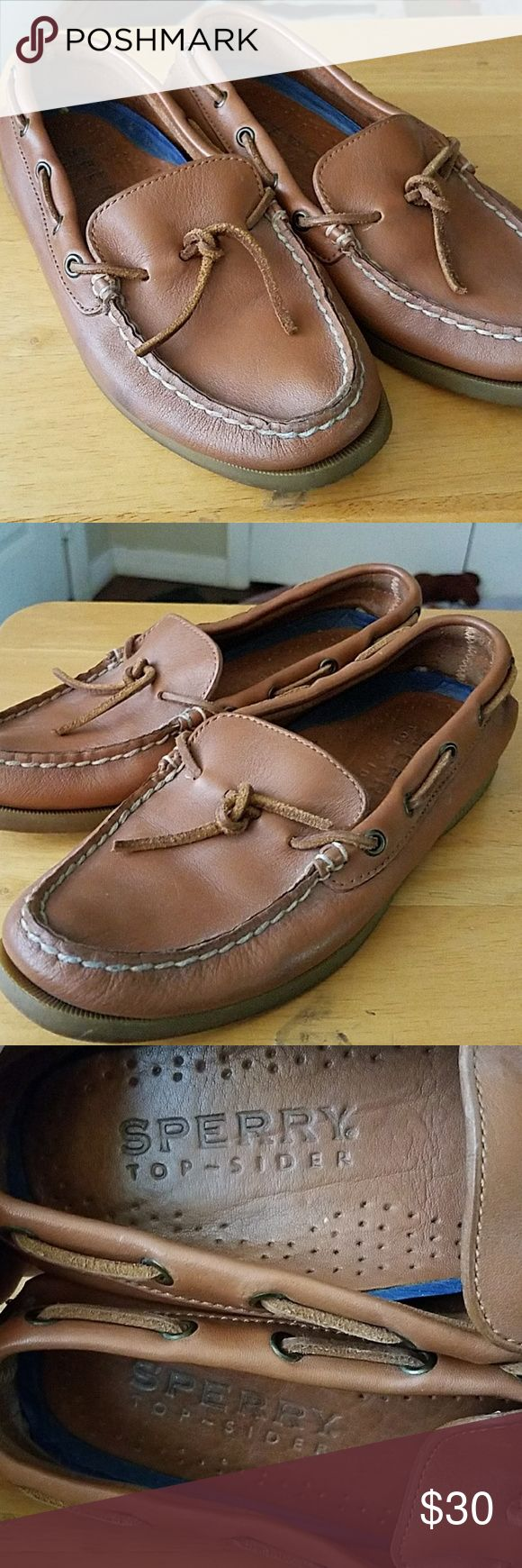 Sperry ladies top siders ladies in size 7 Sperry classic top Siders in size 7. These are in great condition no issues at all. Light brown leather finish. Sperry Top-Sider Shoes Flats & Loafers