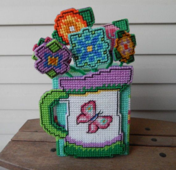 Plastic Canvas Tissue Box Cover with Moving by QuietBendCreations, $10.00