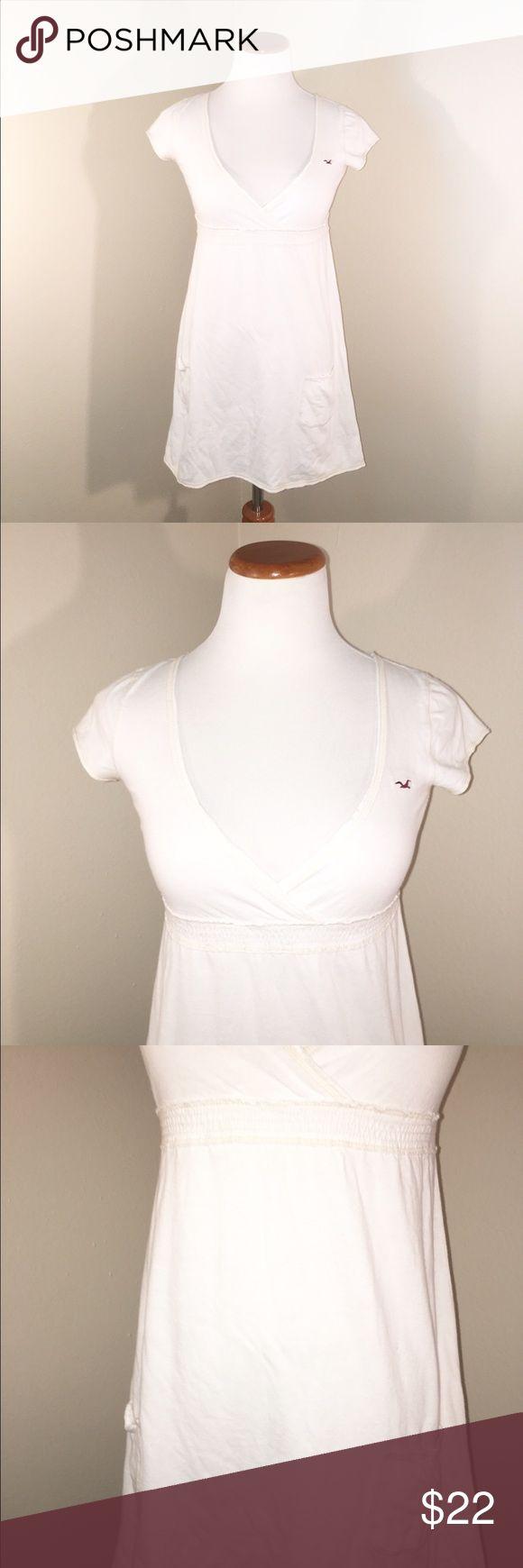 White Hollister Dress White Hollister Dress. Super super Cute. Size small. Hollister Dresses Midi