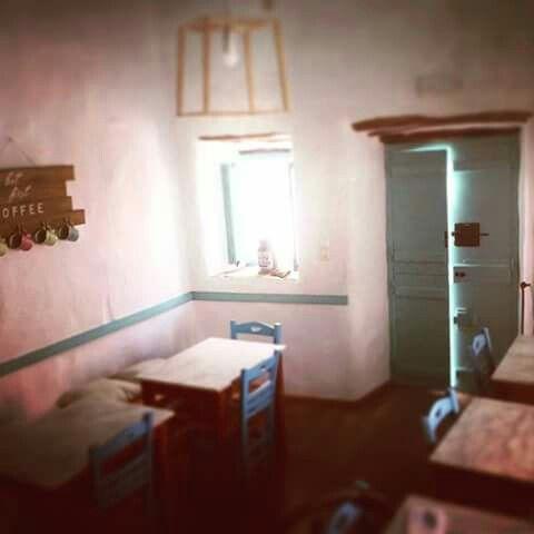 Alozi cafe in Amorgos