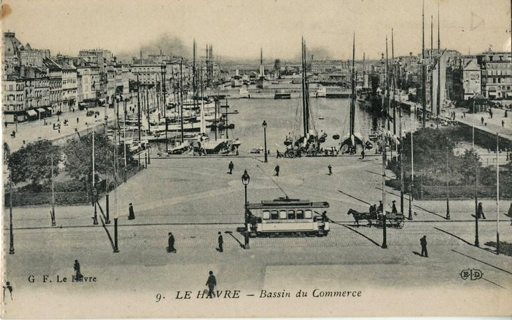 Postcard of Le Havre, before WW2,  What happened? Here: http://www.normandythenandnow.com/concrete-serenity-in-le-havre