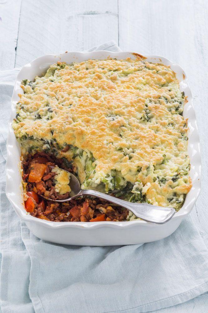 In deze blog het recept voor een stamppot in de vorm van een ovenschotel met onderin een laagje pittig gehakt en bovenop een krokant korstje kaas
