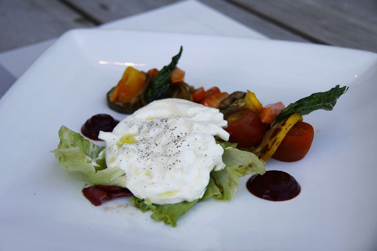 What's cooking on Prego today? #Burrata! Burrata is one of our signature dishes that made from grilled vegetables, fresh buttery mozzarella, caramelized tomato, served with watercress and salsa. Do you want to know the full recipe of this dish? We will reveal it next week!