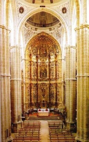 Rodrigo Gil de Hontañón (y otros). Cabecera iglesia de Santiago en Medina de Rioseco (Valladolid).