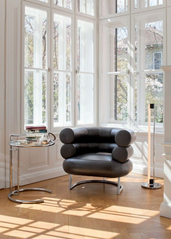 27 best images about eileen gray on pinterest armchairs day bed and adjust - Table basse ajustable ...