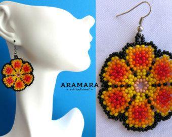 Arte Huichol cuentas flor pendientes AF-0025 Huichol por Aramara