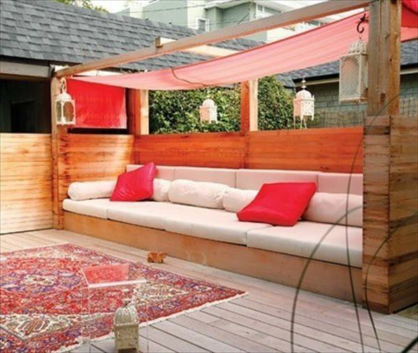 best 25 pallet couch outdoor ideas on pinterest patio diy furniture pallet couch and diy. Black Bedroom Furniture Sets. Home Design Ideas