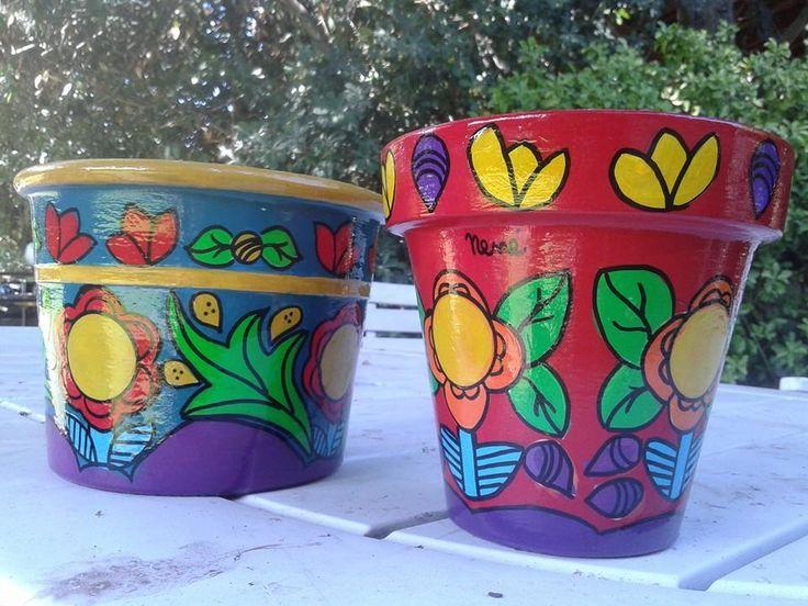 macetas pintadas impermeabilizadas, $150 en https://ofeliafeliz.com.ar
