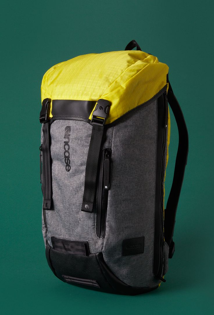 For the Outdoorsman | Incase Halo Courier Pack