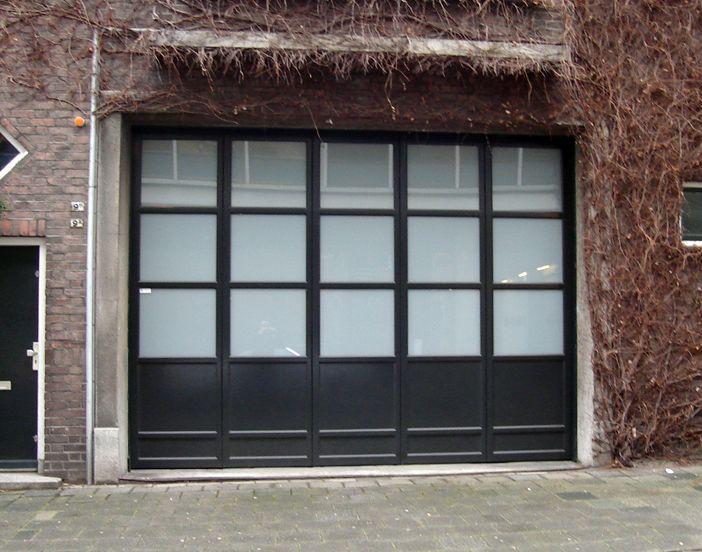 Zijwaartse houten garagedeuren - Centurion Garagedeuren