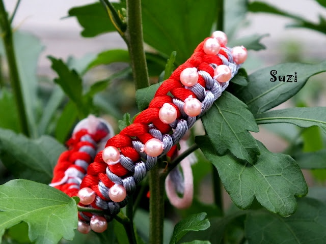 Column Knot Bracelet (red & grey)