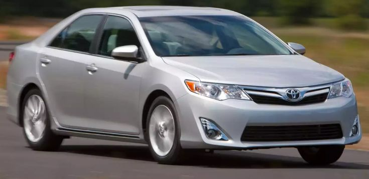 2013 Toyota Camry Owners Manual –The Toyota Camry is America's very best-marketing midsize sedan. Toyota promises the Camry is the most secure, quietest, most energy-productive car in its school, and that we do not have cause to question these statements. Camry was fully remodeled ...
