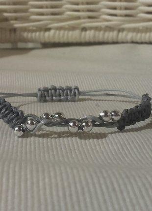 Kup mój przedmiot na #vintedpl http://www.vinted.pl/akcesoria/bizuteria/16753549-srebrna-pleciona-bransoletka-typu-shamballa-szary-popiel