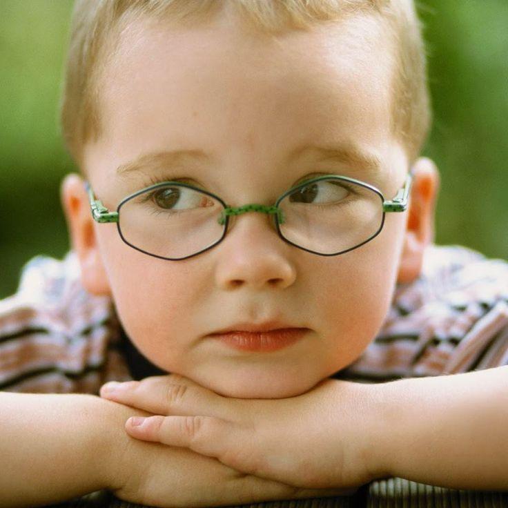 ¡Ponle atención a los ojos de tus niños! Los problemas de visión pueden generar dificultades para aprender e interactuar. #ClínicadeEspecialidadesOftalmológicas