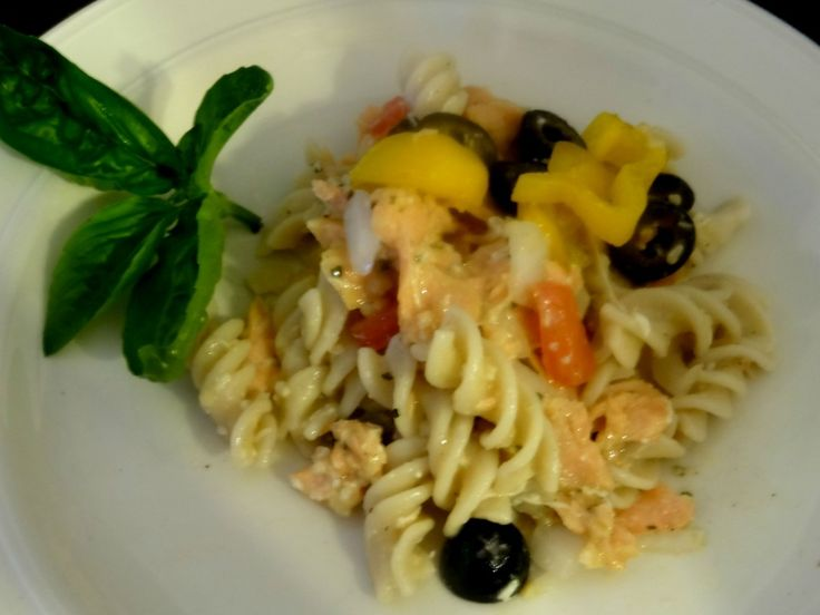 Grilled Garlic and Butter Pasta Salad Recipe--Easy, delicious and can be made with gluten free pasta