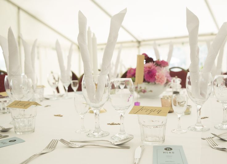Table decorations. Photo: Sine Perrod