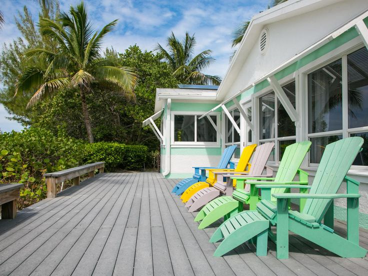Enjoy the exquisite views of Anna Maria Island's shoreline from the luxurious decking at the side of Limefish beach house.