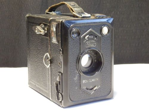 Antique-Zeiss-Ikon-Box-Tengor-54-2-later-Rollfilm-camera-with-G-Frontar-lens