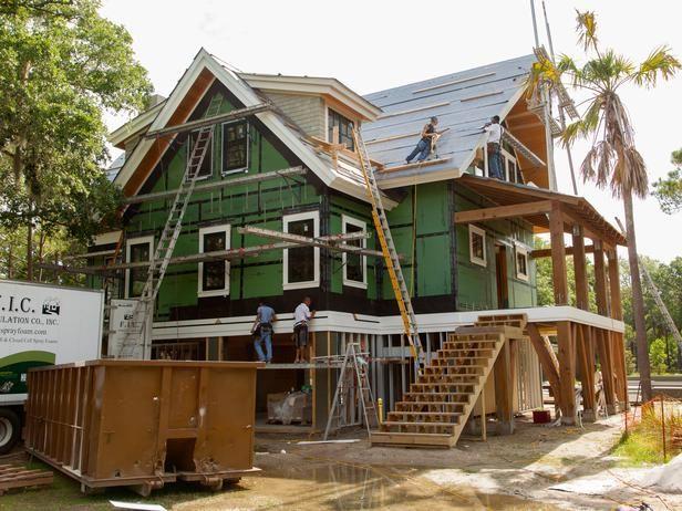 92 best stilt houses images on pinterest for Stilt homes for sale