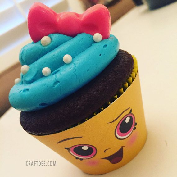 1 1/2 Cupcake Queen Cupcake Wrapper Shopkins by SuperCraftDee