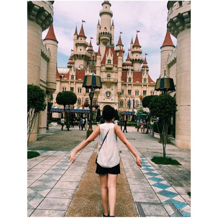 Turned into a child again in Universal Studios in Singapore