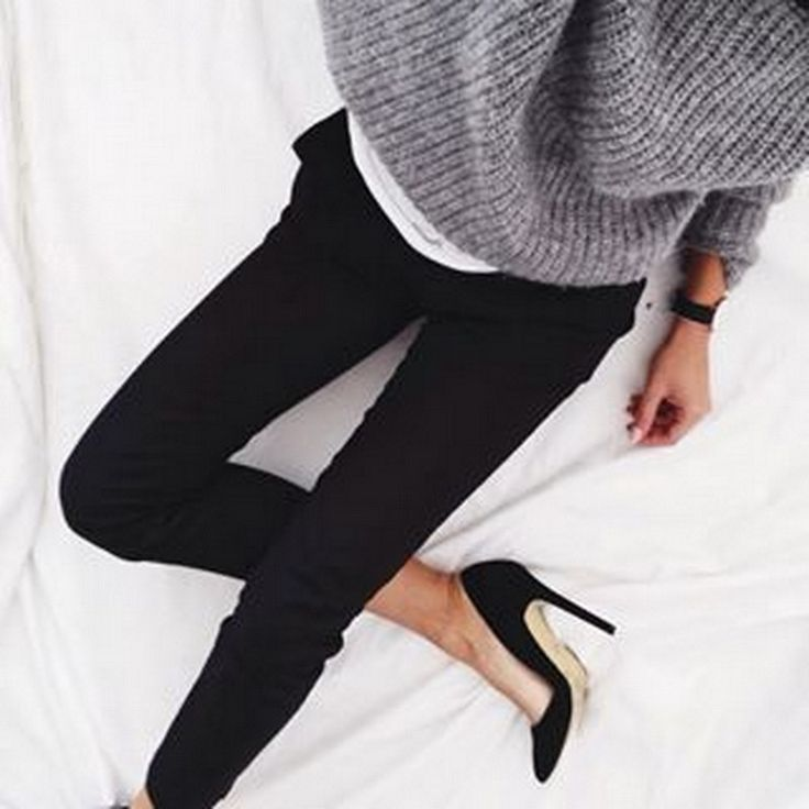 Grey knit with black skinny jeans and black suede heels.