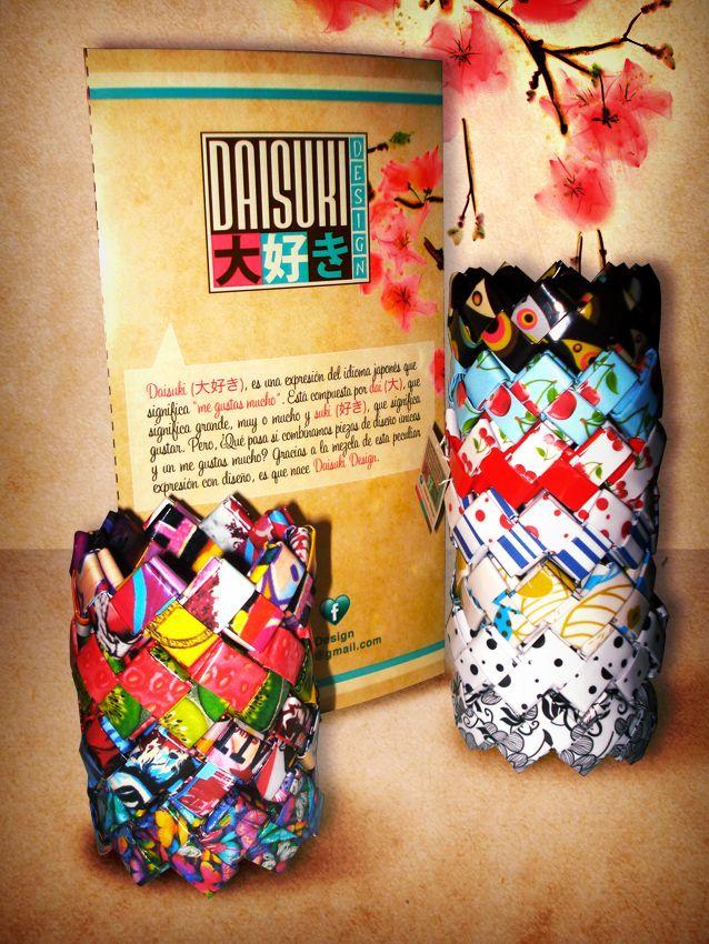 Pulseras de papel. Para adquirir el producto, escribanos a: info@daisuki-design.com