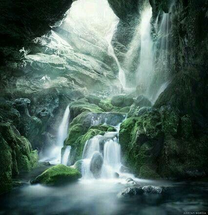 Angels falls, Petrosani Romania