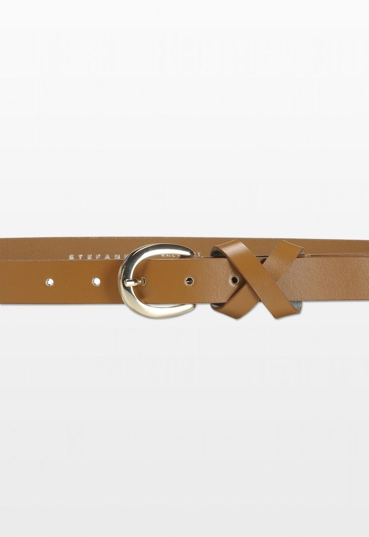 Stefanel Leather Belt with Knot http://www.stefanel.com/en_ru/catalog/product/view/id/27833/s/cintura-con-nodo-3/category/150/